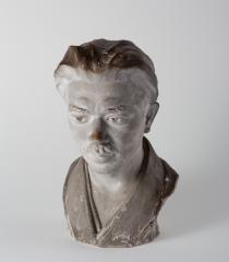 ガートルド・ボイル 石垣栄太郎像 1924(大正13) 石膏 太地町立石垣記念館蔵