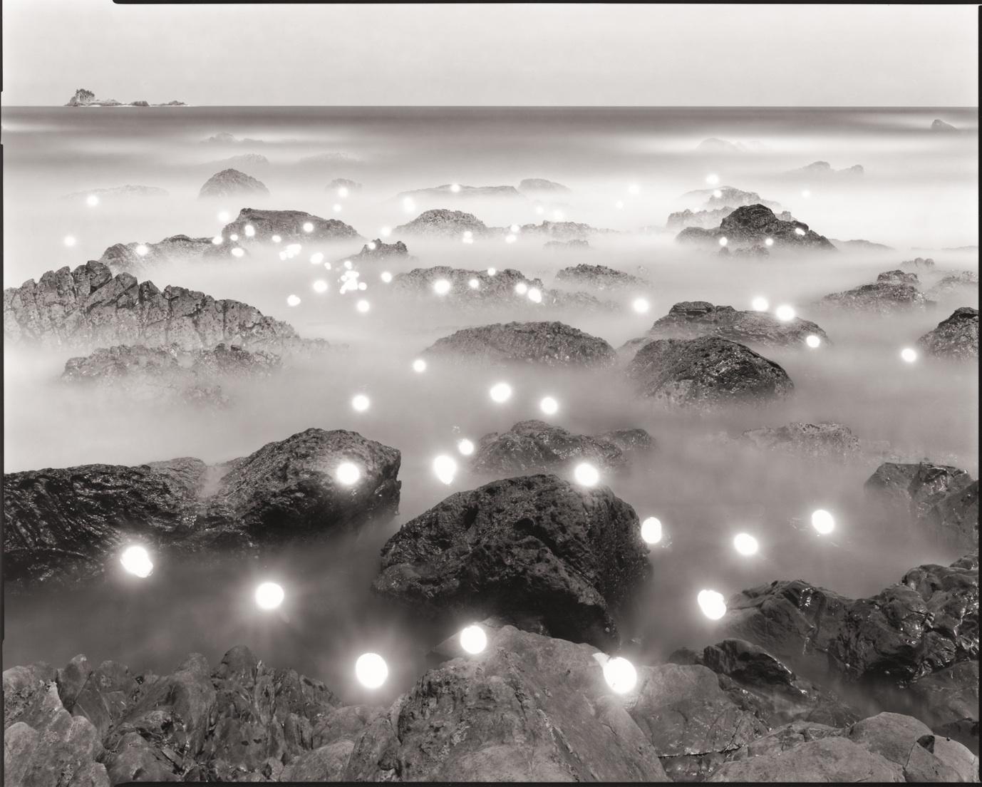 """館長のおススメ―4月の一品 佐藤時啓《Photo-Respiration """"#330 Taiji""""》"""
